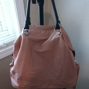 Forever 21 shoulder bag with strap